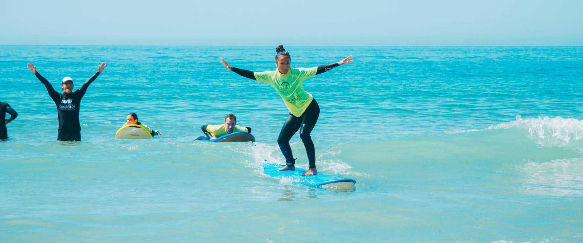 Carcavelos Surf School - our students foto 5